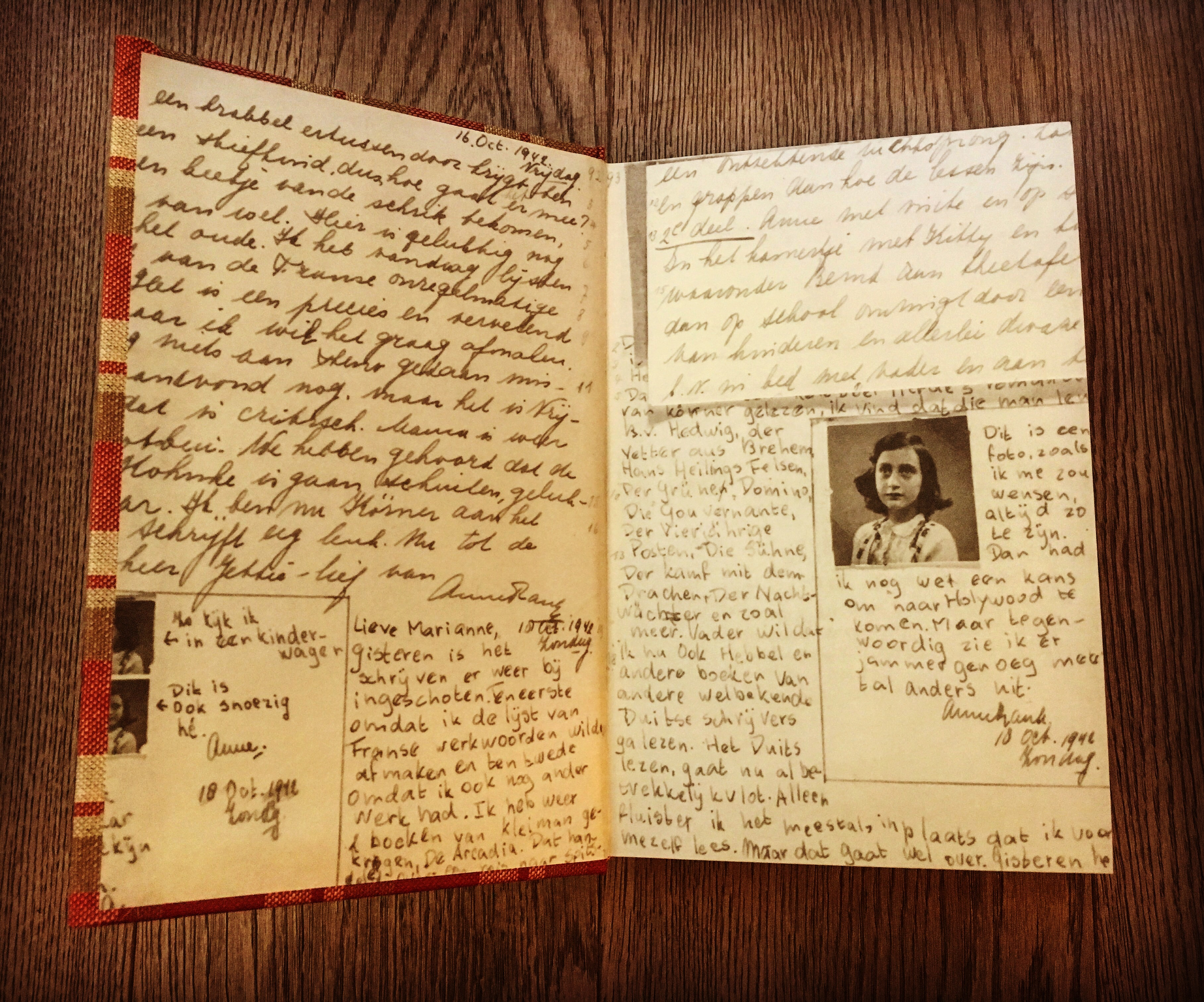 Originální rukopis Deníku Anny Frankové