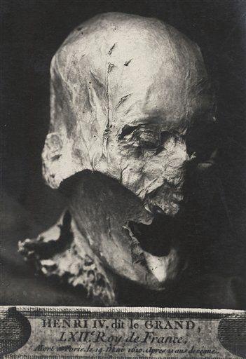 Hlava Jindřicha IV.