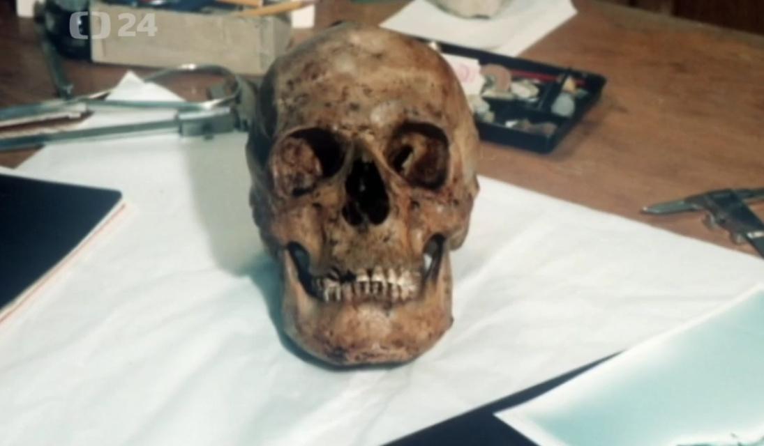 Lebka Karla IV.